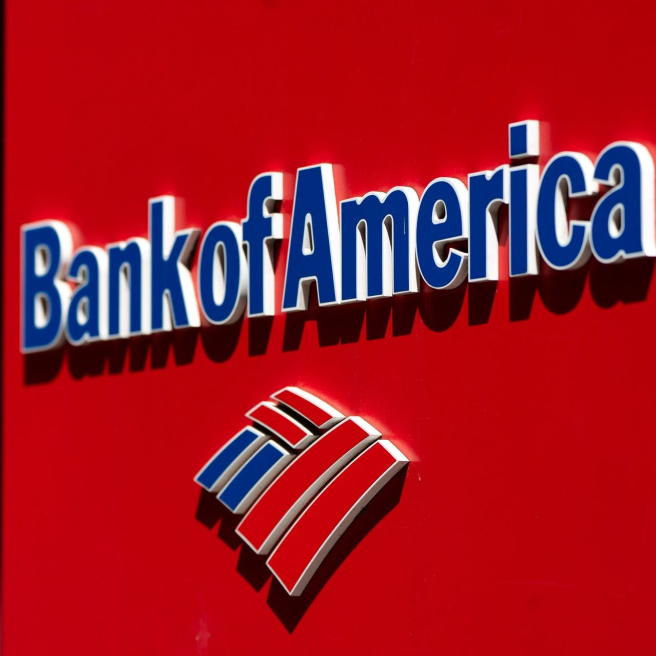 Aptuveni 74% Bank of America fondu pārvaldnieku aptaujā paziņoja, ka uzskata bitkoinu par burbuli